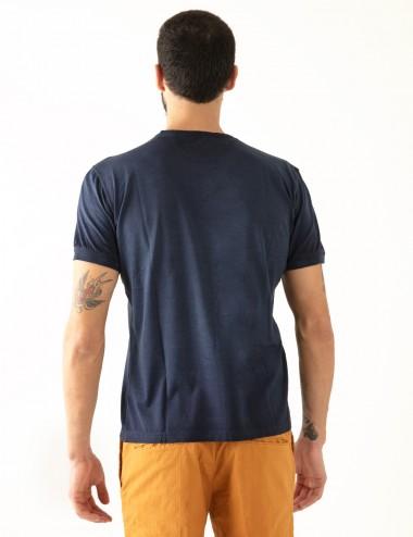 """Maglia girocollo """"Giro Jersey"""" blu in filoscozia retro dettaglio"""