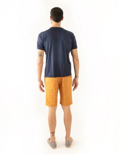 """Maglia girocollo """"Giro Jersey"""" blu in filoscozia indossato retro"""