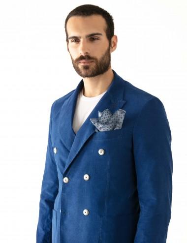 "Giacca monopetto blu VAB mod. ""Nisida"" in cotone ultra-light indossata laterale"