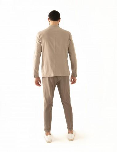"Giacca monopetto beige VAB mod.  ""Nisida"" in cotone ultra-light indossata retro"