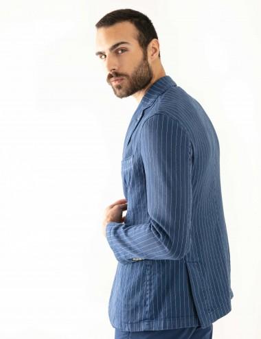 """Giacca Monopetto PT mod.  """"Nisida"""" blu in cotone/lino stretch indossato laterale"""
