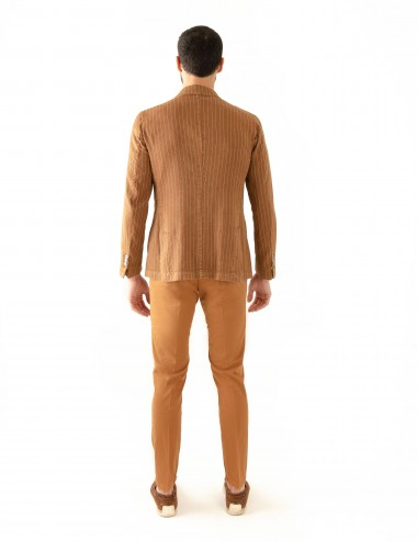 """Giacca Monopetto PT mod.  """"Nisida"""" cachi in cotone/lino stretch indossato retro"""