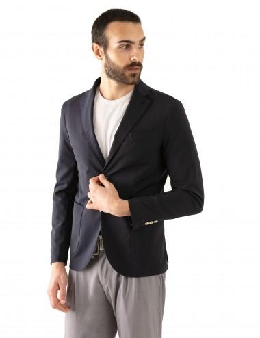 "Giacca Monopetto WV mod. ""Nisida"" blu in lana soft-fresh indossato laterale"